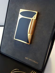 S.T. lighter DuPont Limited Edition ART NOUVEAU, gold and black Chinese lacquer, lighter, briquet, feuerzeug