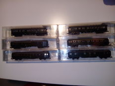 """Roco N - 2256/2257/2258/2260/2253 - 4 """"Hecht""""-wagons and 2 centre-entrance carriages of the DB"""
