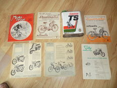 Set of items related to old Motobilia bike