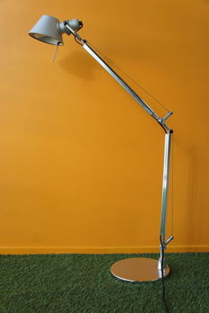"Giancarlo Fassina and Michele de Lucchi for Artemide – table lamp ""Tolomeo Tavolo""."