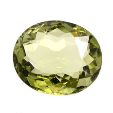 Green tourmaline (verdelite) - 2.74 ct - No reserve
