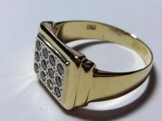 18 kt Gold men's – with 12 brilliant cut diamonds