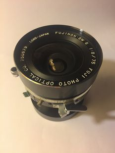 Fujinon 75mm F8 super wide angle lens for 4x5 large format