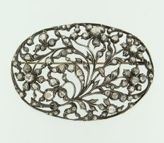 Gold and silver brooch set with rose cut diamonds