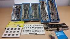 Marklin H0 - 5128/5140/5202/5207/7195 - Electrical points M-rail with number boards signage