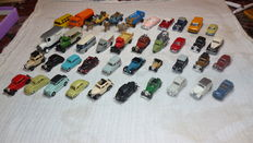 Praliny/Wiking/Brekina H0 - 40 different brands of model cars from the WW II and just after, for on the model railroad.