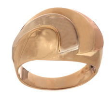 14 kt tricolour gold ring  Ring size: 17.5