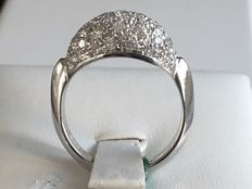 18kt White gold ring with diamonds (0.96 ct) – size 15