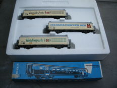 Märklin H0 - 84785/4066 - Set with 3 beer cars, Feldschlösschen and passenger carriage of the SBB
