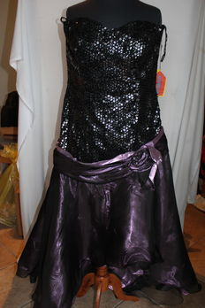 Carnival dress by Alexis of Dallas, size 19/USA/.52 -54/en/for a tall person, 173-175 cm minimum.