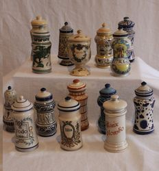 15 apothecary bottles in perfect condition - porcelain