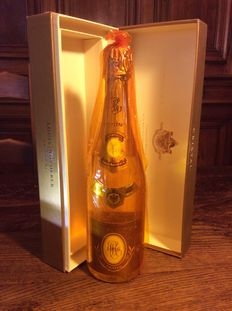 1996 Cristal Louis Roederer champagne – 95/100 R.Parker – 1 bottle with case.