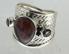 925 silver ring inlaid with amethyst