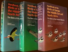 Stanley Cramp (Chief editor) - Handbook of the Birds of Europe, the Middle East, and North Africa - 3 volumes - 1977/1983