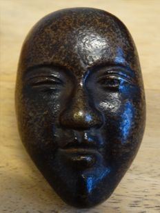 Bronze Noh mask netsuke - Japan - around 1900