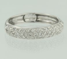 White gold band ring of 18 kt pavé set with 43 brilliant cut diamonds ****NO RESERVE PRICE****