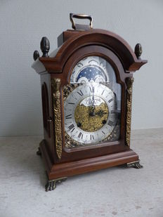 English table clock in walnut - John Tompion London - Made in 1987