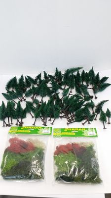 Jordan H0 - 100 standard spruces and lots of Iceland moss