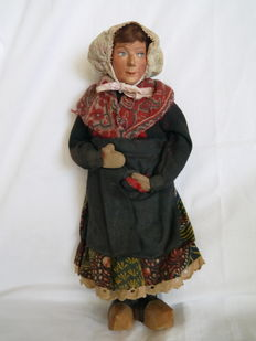 Old the Fuisseaux costume doll