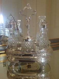 Antique English condiment set, six pieces in silver plate. Stand by Atkin Bros, Fabulous Repousse Work, approximately 1840