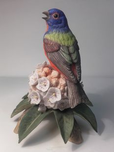 Franklin porcelain - Bird on flower bouquet