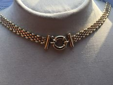 Gold chocker/necklace with a 'Cartier-type' clasp