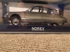Norev - Scale 1/18 - Citroën DS 23 Pallas