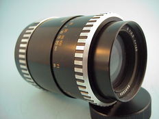 Carl Zeiss, Jena Sonnar portrait lens  1 : 3.5  f = 135 made in Germany, with 42 mm lens mount