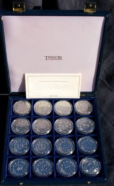Europe - Franklin Mint - collector case which includes 16 medals.