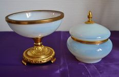 Ring holder or tidy and candy box in opaline and gilded bronze  -  Charles X style - France - ca. 1870