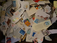 The Netherlands - Batch with over 50.000 stamps, still on envelopes
