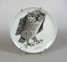 Haviland - Artist signed plate with owl
