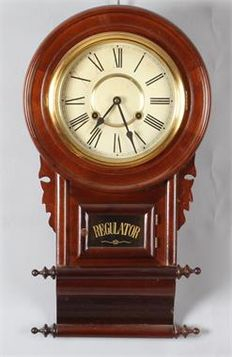 English mahogany pub regulator clock - Second half 20th century