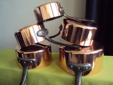 Set of five pots in professional tinned copper, 20th century, French fabrication