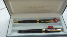 PARKER Sonnet Chinese laqué Vison Fonce fountain pen and balpen