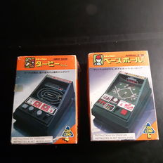 Rare handheld games Epoch Grip Lend No 4 and 6 - Derby & Baseball