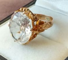 14kt Gold White Topaz Ring