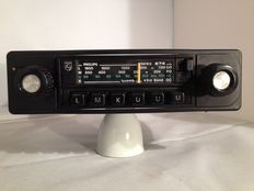 Philips 22AN 874 with LMKUUU classic car radio from the year 1977