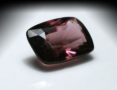 Paarse spinel - 3,12 ct