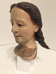 Carved wooden head of saint - Late 18th C