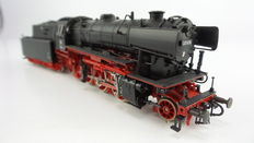 "Roco H0 - 4120A – Heavy passenger steam locomotive with pulled tender BR 23 ""Hannover"" WM 80 of the DB"