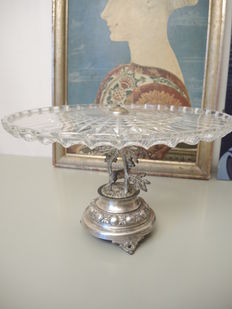 Regula silver-plated table centrepiece