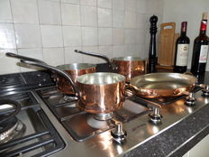 Set of 3 copper saucepans + oval baking dish