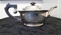 Elkington silver plated teapot engraved with the flag of the White Star Line shipping company.