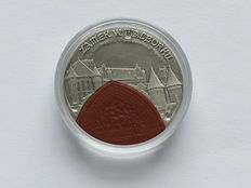 Poland – 20 Zlotych 2002 'Crussader castle Malbork / Marienburg' – Silver with ceramic
