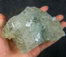 Clear blue/green fluorite crystals - 10 x 9 x 6 cm -900gm