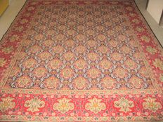 Persian rug from Tabriz/Iran – 20th century, circa 1970 – in new condition – approx. 395 x 305 cm