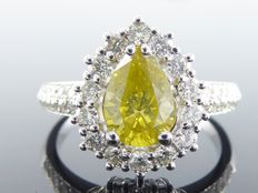 Diamond ring with a pear-shaped intense fancy yellow colour cut diamond of 1.72 ct in total