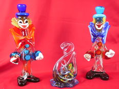 Two large Murano clowns and one millefiore Swan with young