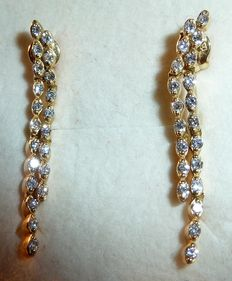 Pair of gold earrings set with 0.35 ct VVS diamonds, no reserve